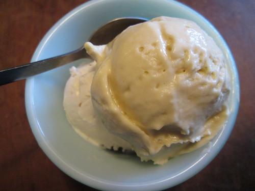 mango and vanilla nice cream