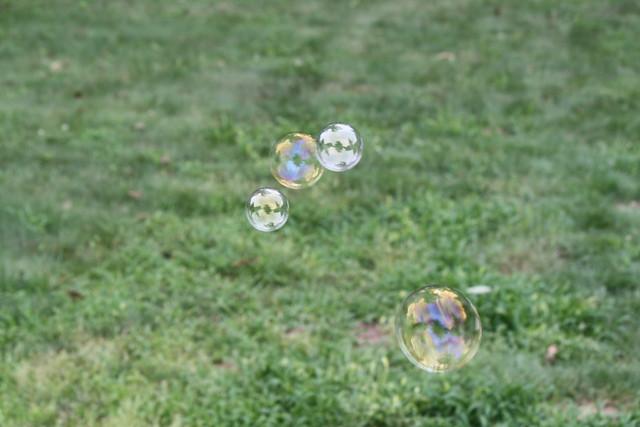 Bubbles(2)