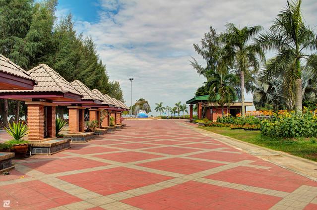Saen Lampam Beach