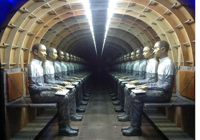 Tunnel, Mark Justiniani