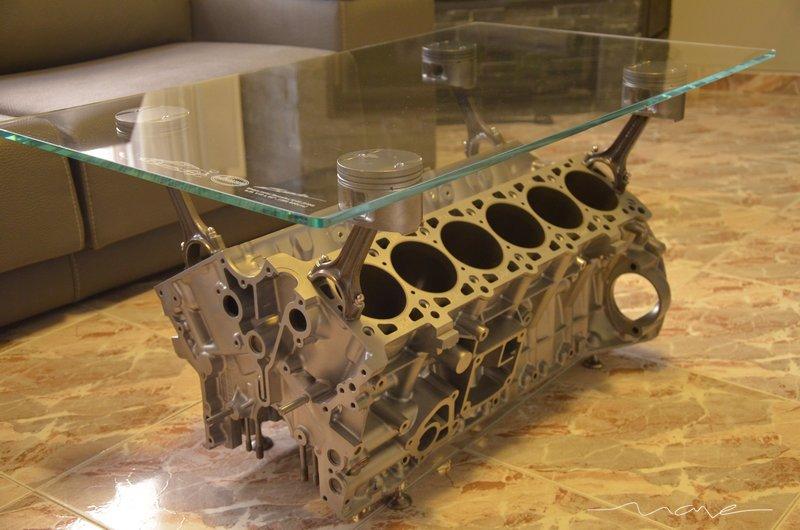 BricoManual  Creacin de una mesa de centro con un motor