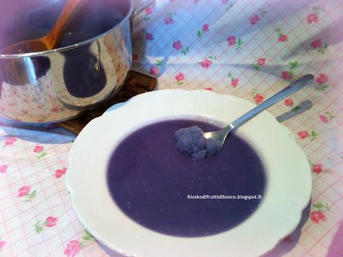 Vellutata di cavolfiore viola light