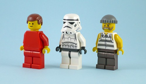 LEGO Minifigure Year by Year A Visual History 20