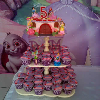 cupcake tower, DKM Cakes telp 08170801311, toko kue online jember, kue ulang tahun jember, pesan blackforest jember, pesan cake jember, pesan cupcake jember, pesan kue jember, pesan kue ulang tahun anak jember, pesan kue ulang tahun jember,rainbow cake jember,pesan snack box jember, toko kue online jember, wedding cake jember, kue hantaran lamaran jember, tart jember,roti jember, ccake hantaran lamaran jember, cheesecake jember, cupcake hantaran, cupcake tunangan, DKM Cakes telp 08170801311, DKMCakes, engagement cake, engagement cupcake, kastengel jember, kue hantaran lamaran jember, kue ulang tahun jember, pesan blackforest jember, pesan cake jember, pesan cupcake jember, pesan kue jember, pesan kue kering jember, Pesan kue kering lebaran jember, pesan kue ulang tahun anak jember, pesan kue ulang tahun jember, pesan parcel kue kering jember, kue kering lebaran 2013 jember, beli kue jember, beli kue ulang tahun jember, jual kue jember, jual cake jember, anniversary cupcake,Red Velvet Cake, army cake, pars theme cake   untuk info dan order silakan kontak kami di 08170801311 / 27ECA716 http://dkmcakes.com,