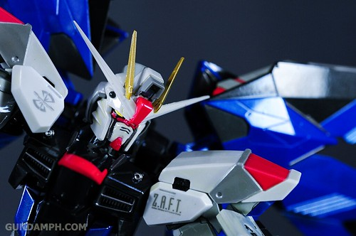 Metal Build Freedom Gundam Prism Coating Ver. Review Tamashii Nation 2012 (44)
