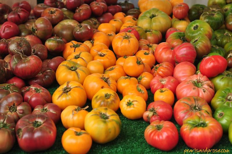 mixed_heirloom_tomatoes_web
