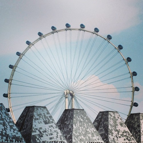 #singapore flyer by @MySoDotCom