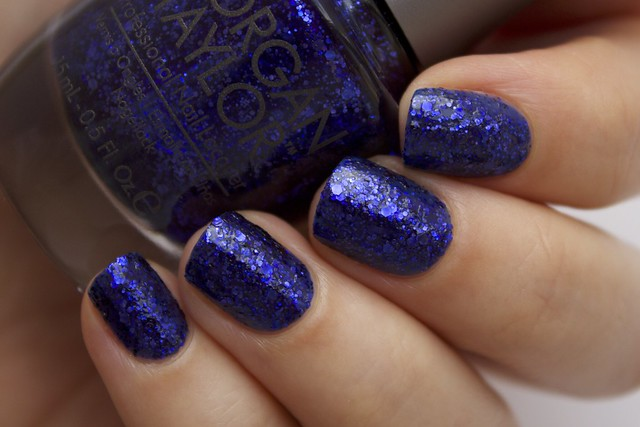 02 Morgan Taylor Regal As A Royal without topcoat
