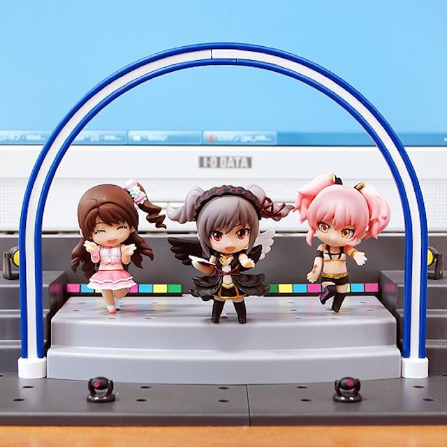 Nendoroid Petite: IDOLMASTER Cinderella Girls – Ranko, Uzuki and Mika + Live Stage Set