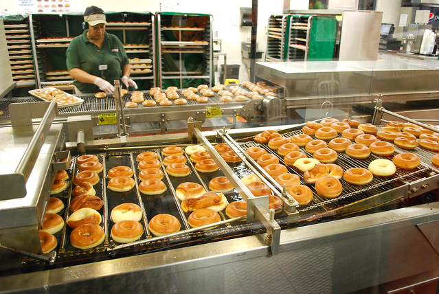 Doughnut assembly line