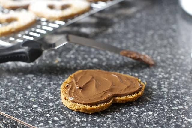 a schmear of nutella