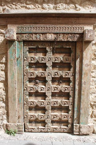 20130524_5562_Kyrenia-wooden-door_Vga