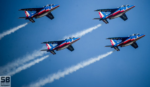 Patrouille De France by Simon Batty
