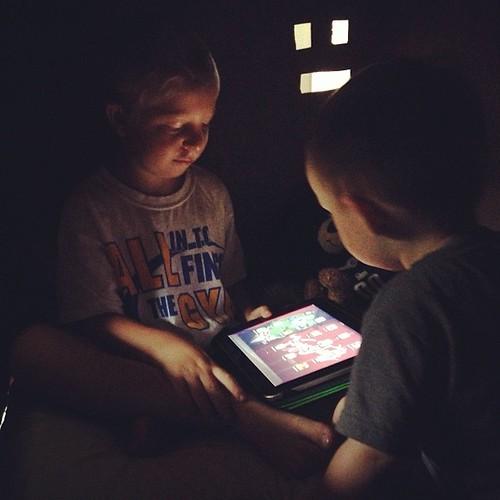 iPad glow