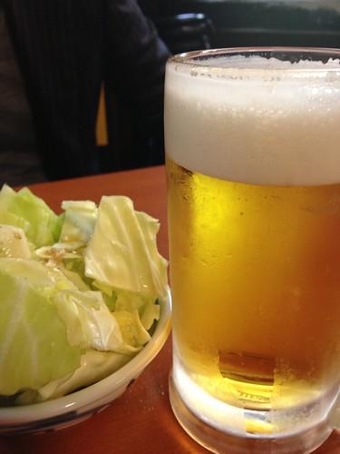 生ビールとお通し@もつ千