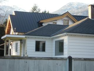 Nov 21 - Black metal roof