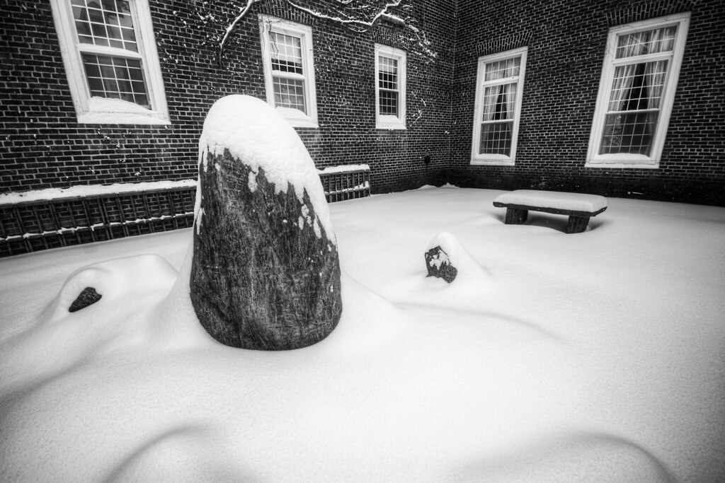 Snow-Stone-Zen
