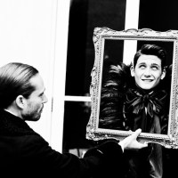 """Immersive Theatre Review: The Picture of Dorian Gray at """"Dorian Gray's Townhouse"""""""