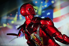 Hot Toys Iron Man 2 - Suit-Up Gantry with Mk IV Review MMS160 Unboxing - day2 (10)