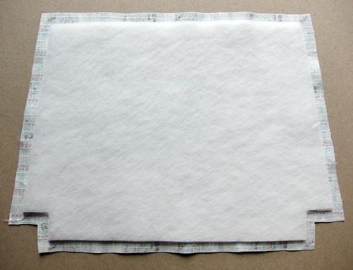 Zippy pouch tutorial - fusing fleece to fabric