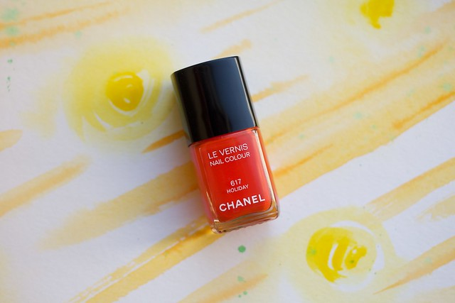 01 Chanel #617 Holiday