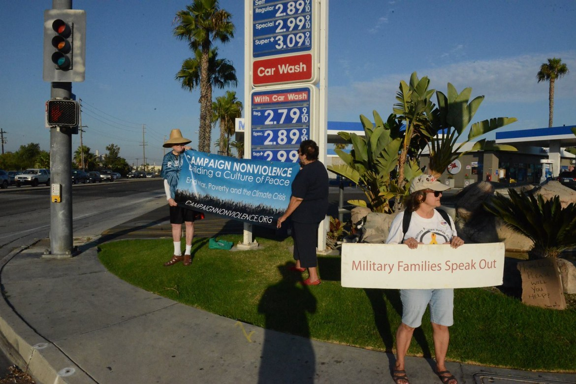 Long Beach,CA Peace Vigil CNV 2016 (2)