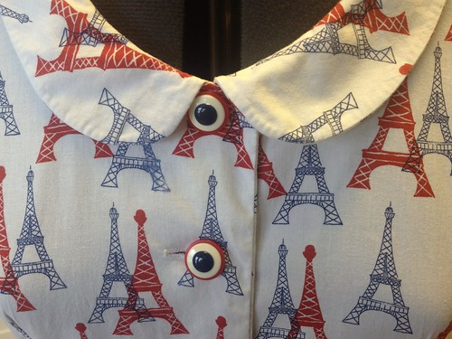 Eiffel Tower Butterick 7504 collar/buttons
