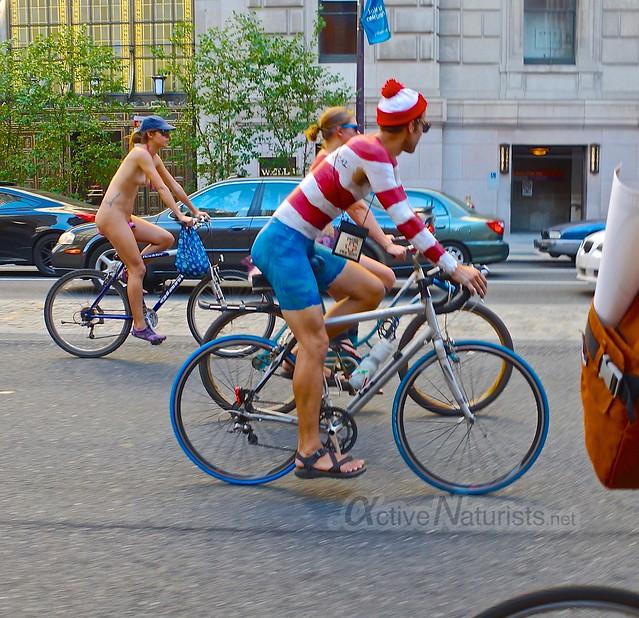 naturist 0086 Philly Naked Bike Ride, Philadelphia, PA USA