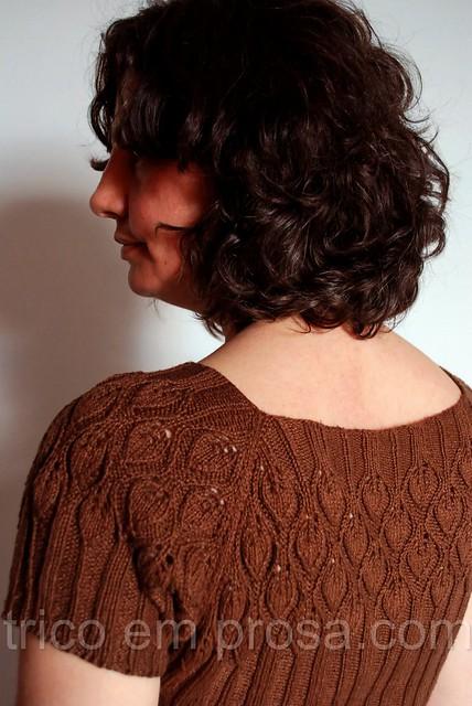 trico em prosa.com - um xale para vestir - Blusa Goldmarie
