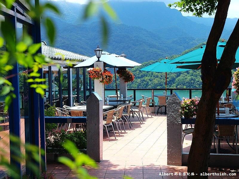 大溪湖畔.桃園景觀咖啡廳(千變萬化的雙峰湖畔美景) – 愛伯特吃喝玩樂全記錄