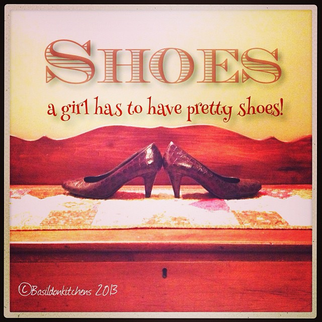 Oct 7 - shoes {a girl has to have pretty shoes!} #photoaday #shoes #red