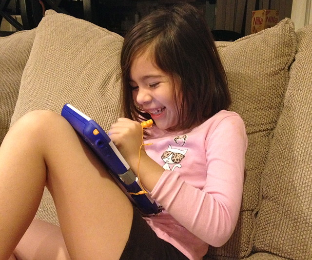 Playing with the VTech InnoTab 3S - lauging