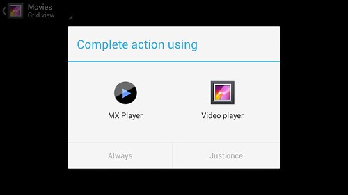 i-mobile IQX Octo ไม่ได้ทำตัวเล่นวิดีโอของตัวเองแต่มี MX Player มาให้