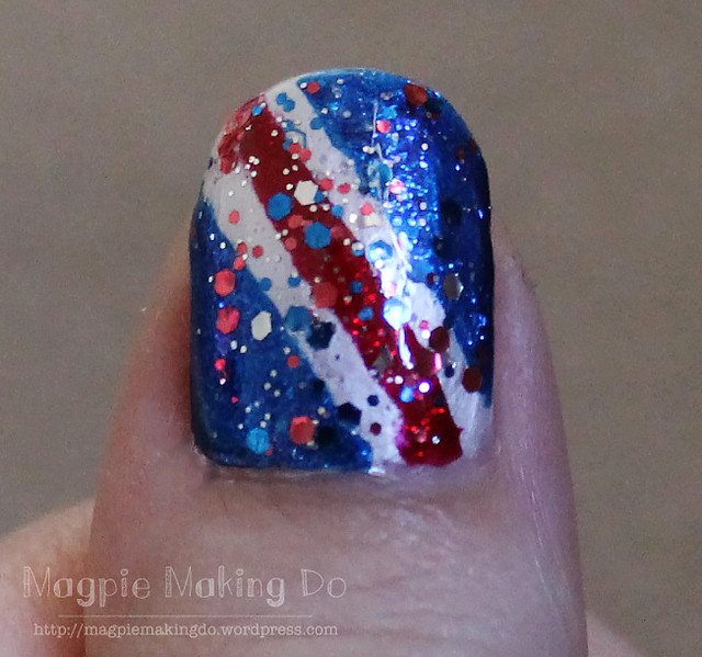 4 of july mani closeup