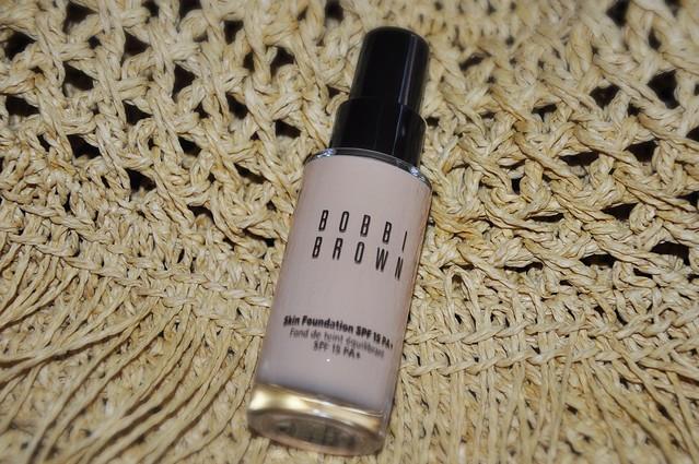 Bobbi Brown Skin Foundation SPF 15 PA+