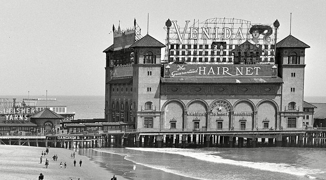 Garden Pier 1920, AC