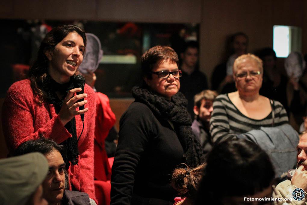 Les Putes indignades també parlen al Consell de barri del Raval #EscracheHoms