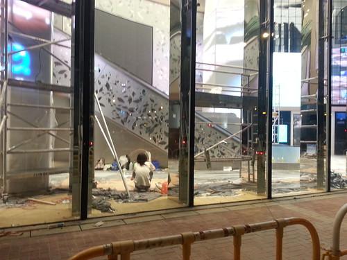 旗艦式中高檔商場 V City 進駐屯門 | Autumn Pang | 香港獨立媒體