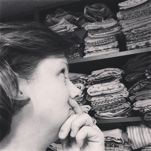 Decisions, decisions. #365feministselfie #mo365 #crafty