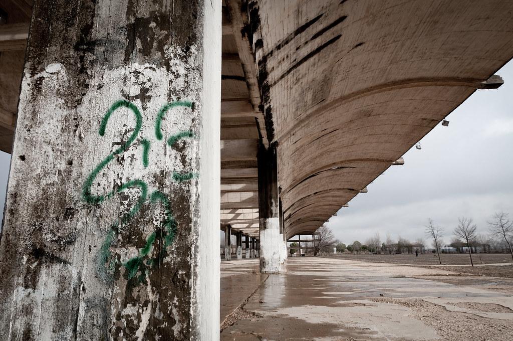 Hangares abandonados UAH (VII)