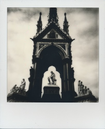 Albert Memorial - Instant Lab test