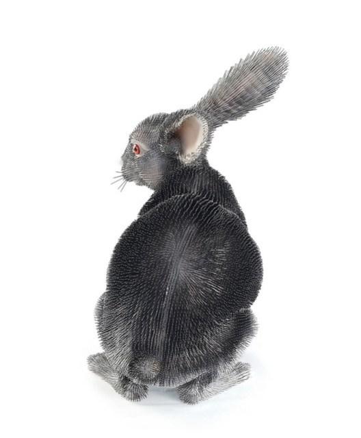 peta_fur_hurts_rabbit_sculpture