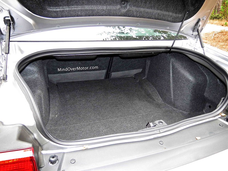 Dodge Challenger SRT 392 Trunk