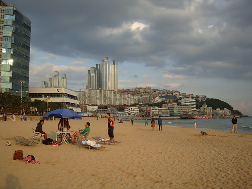 Haeundae Beach by Jens-Olaf