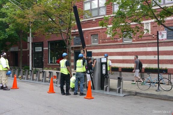 Damen/Pierce Divvy station being installed
