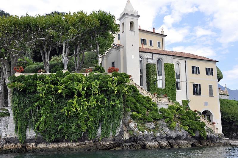Villa Balbianello - Iglesia y escalinata