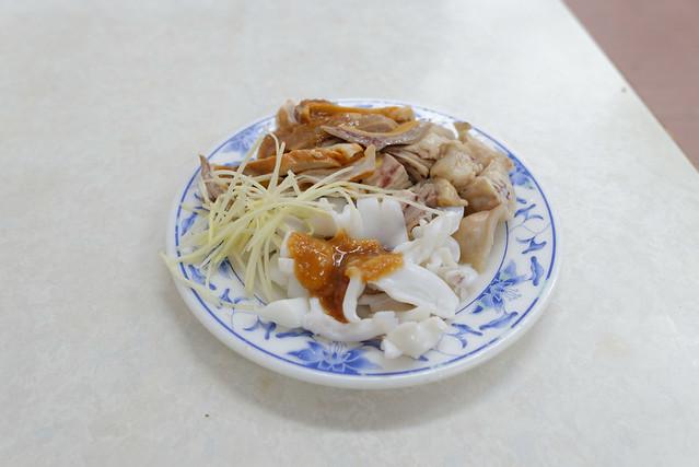 【小菜 @ 阿財雞絲麵】透抽、豬肚、雞屁股
