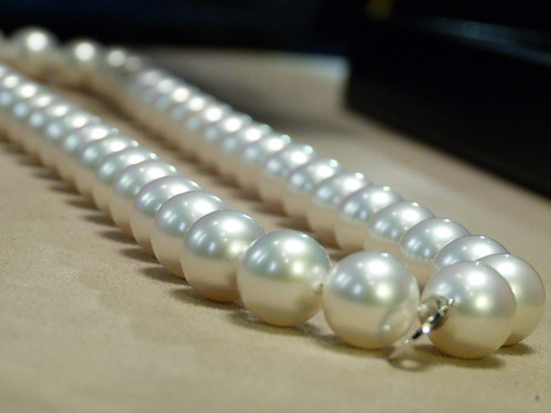 Perfect Chanel pearls