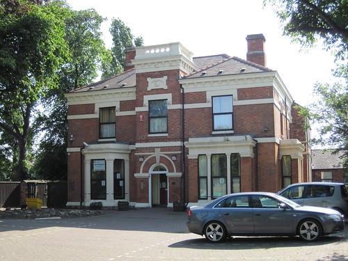 Beresford House / Consett House, Grove Hill