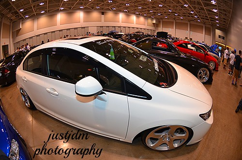 white flat honda civic (1)
